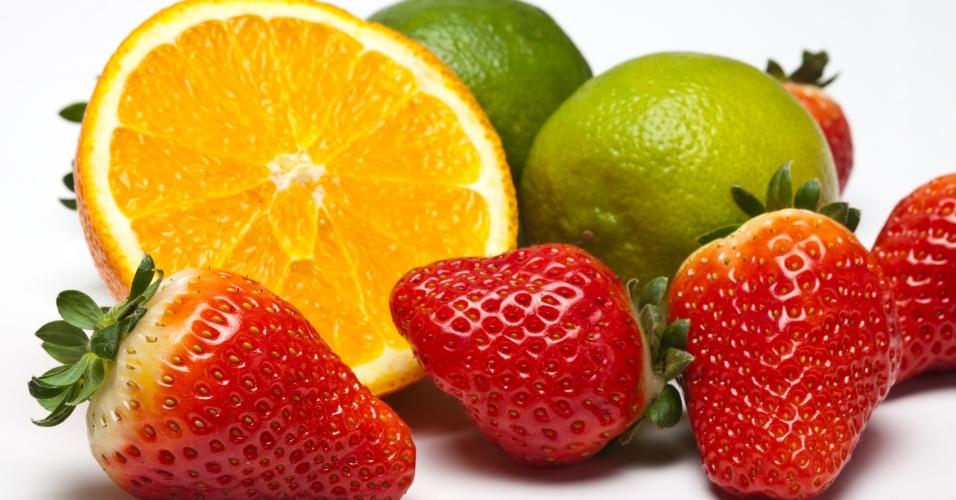 Limão, acerola, morango e laranja