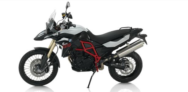 Motocicleta BMW F 800 GS, modelo que seria adquirido pelo governo do Distrito Federal