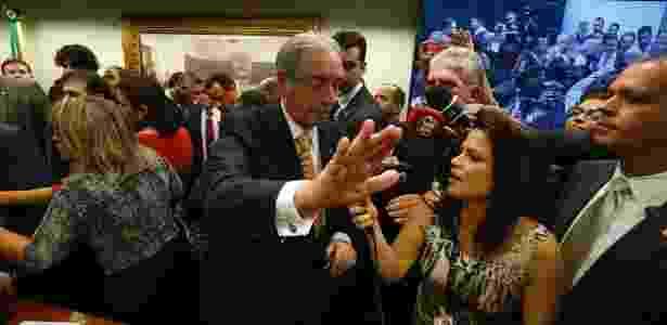Eduardo Cunha (PMDB-RJ) é cercado por jornalistas após depoimento na Câmara - 13.jul.2016 - Pedro Ladeira/Folhapress