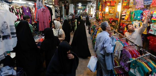 Revogação das sanções após o acordo não ajudou o Irã a impulsionar sua economia