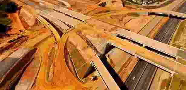 21.jun.2018 - Vista aérea das obras do Rodoanel Norte, às margens da rodovia Fernão Dias (BR-381), na altura do km 92, em Guarulhos - Luis Moura/WPP/Estadão Conteúdo