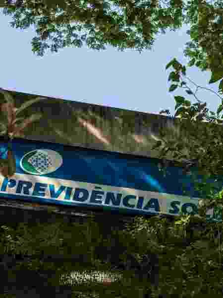 Agendamento pode ser feito por telefone, site ou aplicativo; objetivo é evitar atendimento presencial em tempos de pandemia - Bruno Rocha/Fotoarena/Estadão Conteúdo
