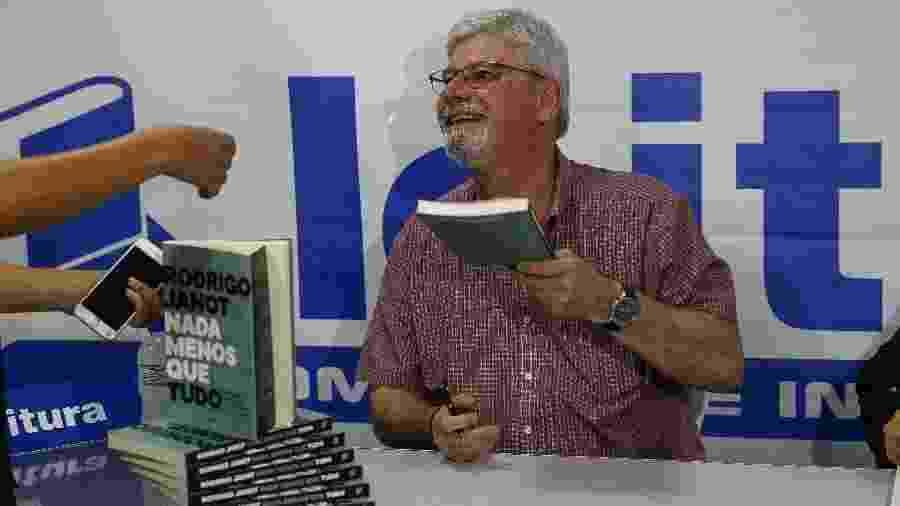 O ex-procurador-geral da República Rodrigo Janot durante lançamento de seu livro, numa livraria de shopping de Brasília - Pedro Ladeira/Folhapress