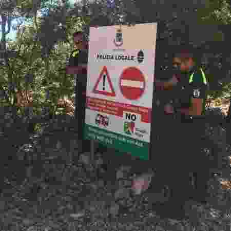 Polícia instala placas alertando para que turistas evitem o uso do Google Maps em Baunei, na Itália - Comune di Baunei