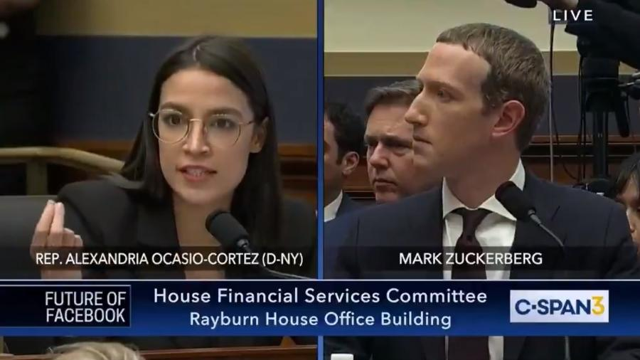A congressista Alexandria Ocasio-Cortez interroga Mark Zuckerberg, fundador do Facebook - Reprodução/Twitter