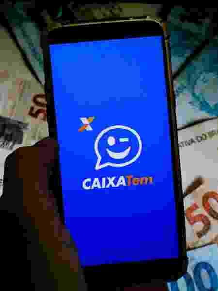 Imagem ilustrativa do app Caixa Tem, onde beneficiários podem consultar a situação do auxílio emergencial - Viviane Lepsch/Zimel Press/Estadão Conteúdo