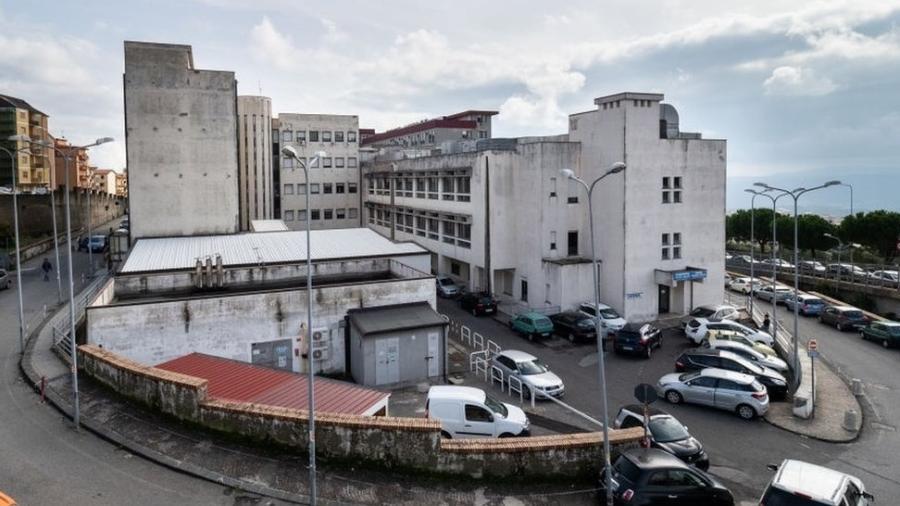 Homem foi acusado de ser funcionário fantasma por 15 anos em um hospital da região da Calabria - Getty Images