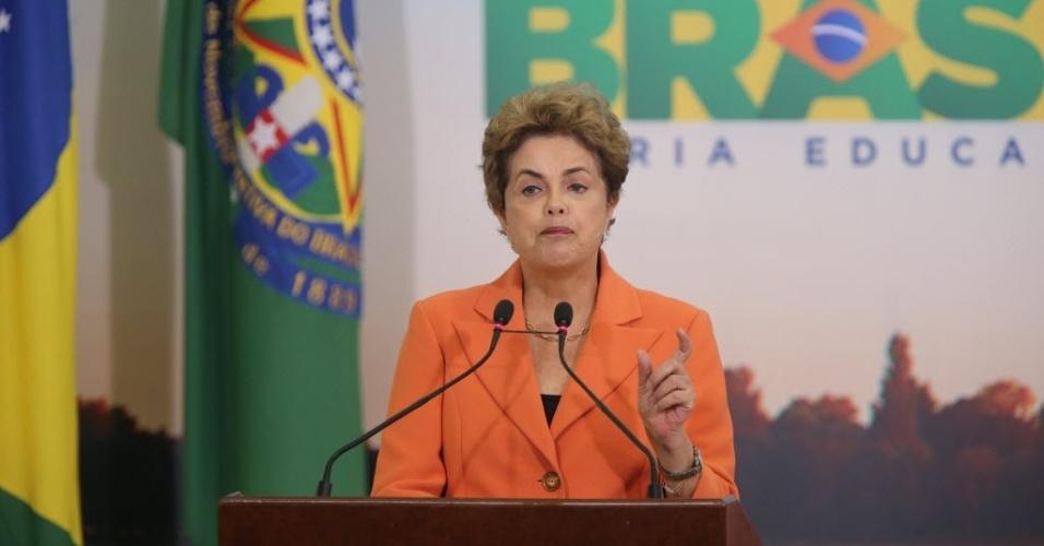 4.mai.2016 - Durante lançamento do Plano Safra, Dilma se defendeu das acusações da delação do ex-líder do governo Delcídio do Amaral (sem partido-MS).