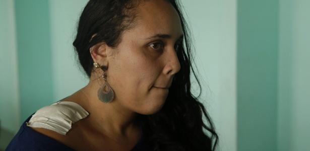 A auxiliar Lilian Gomes Roma Bala foi atingida de raspão por bala perdida em creche