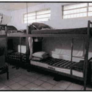 Celas, segundo relatório de 2015, têm boa ventilação e higiene em dia - Reprodução/MNPCT