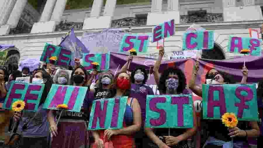 Protesto no Rio por segurança das mulheres e por justiça em casos de estupros - Pilar Olivares - 8.nov.2020/Reuters