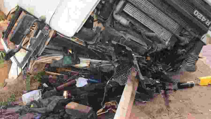 Acidente no km 525 da BR-381, em Brumadinho (MG), deixou feridos; uma socorrista morreu - Divulgação/CBMMG