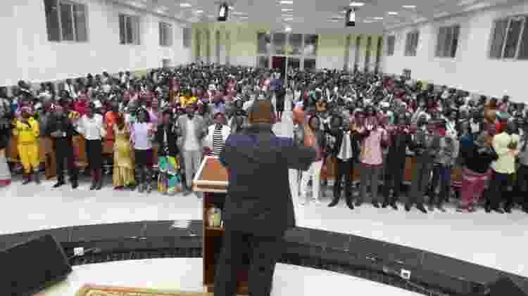 Igreja Universal do Reino de Deus iniciou suas operações em Angola em 1992 em meio a guerra no país - DIVULGAÇÃO/IURD - DIVULGAÇÃO/IURD