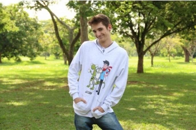 Thiago Elias faz sucesso no YouTube e criou a loja virtual Calango Store