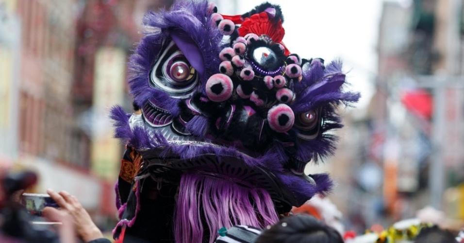8.fev.2016 - O Ano-Novo Lunar é celebrado em Chinatown, bairro de imigrantes chineses de Nova York. Marcando o início do Ano do Macaco no horóscopo chinês, o novo ciclo teve início à meia-noite na madrugada desta segunda-feira (8)