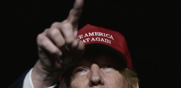 Empresário é o preferido dos americanos brancos, mas enfrenta alta rejeição entre negros, latinos e eleitoras