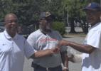 Homem recebe carteira de volta 40 anos depois de ser roubado - Reprodução/9news