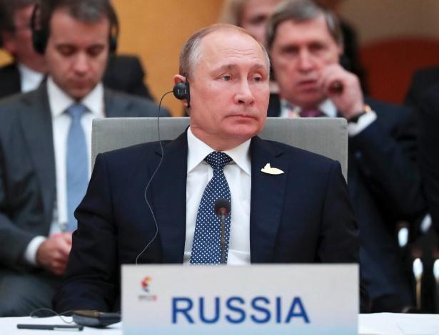 Vladimir Putin em reunião dos líderes do Brics, em Hamburgo, na Alemanha