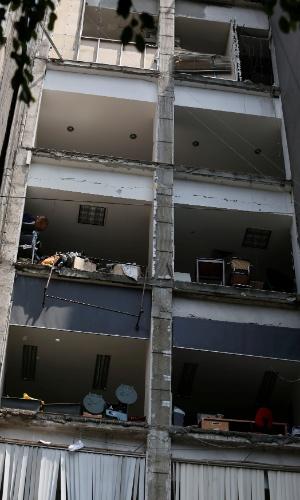 19.set.2017 - Prédio atingido pelo terremoto na Cidade do México fica sem uma das paredes