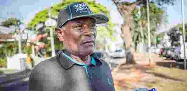 Agapito Silva, 67, aposentado e vendedor de água mineral em São Paulo - Simon Plestenjak/UOL - Simon Plestenjak/UOL