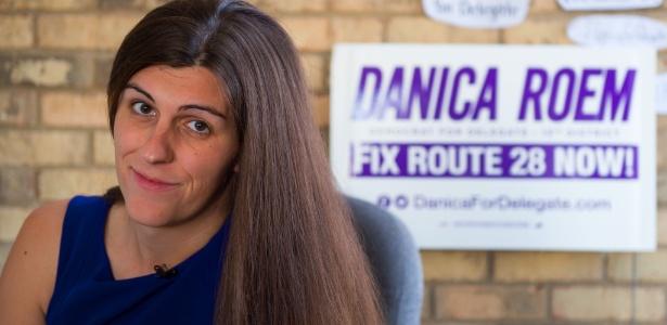 Danica Roem luta para ser a primeira pessoa transgênero a conquistar um assento na Assembleia legislativa da Virgínia