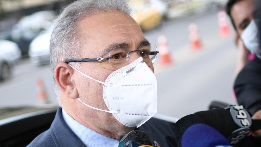 """""""Isso equivale a imunizar cerca da metade da população ainda neste ano"""", comemorou o ministro da Saúde - Mateus Bonomi/AGIF/Estadão Conteúdo"""