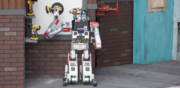 Robô será uma das estrelas, ao lado de executivos, políticos e economistas