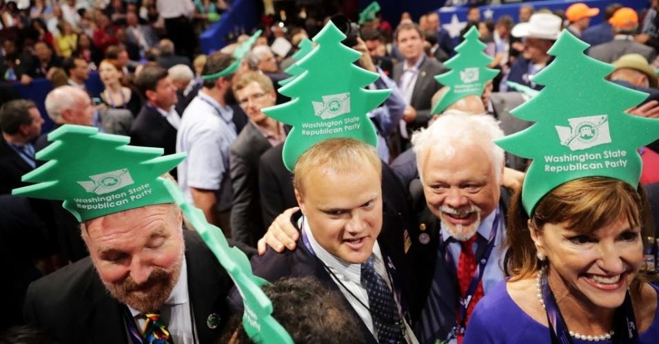 19.jul.2016 - Delegados republicanos de Washington comemoram a oficialização da candidatura de Donald Trump à presidência dos Estados Unidos, durante a convenção do partido em Cleveland