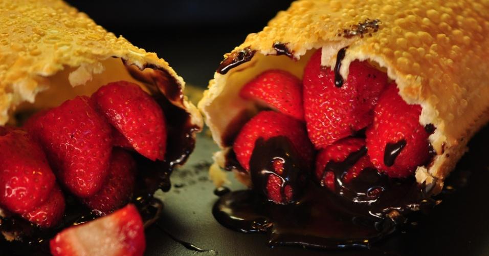 O Pastelão do Maluf, como ficou conhecida o Pastelão 46, em Campos do Jordão, ganhou esta fala por ser o local predileto onde o eputado federal Paulo Maluf comia. Na foto,  pastel de morango com chocolate