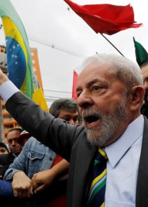 Apoiado por manifestantes, Lula chega para depor a Moro nesta quarta-feira (10)