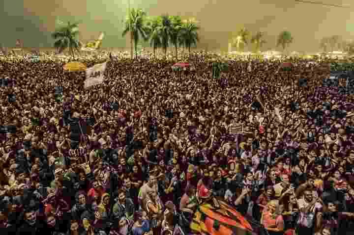 28.mai.2017 - Milhares de pessoas se reuniram neste domingo (28) para protestar contra o presidente Michel Temer e pedir eleições diretas na orla de Copacabana, na zona sul do Rio de Janeiro - Dilvulgação/Diretas Já