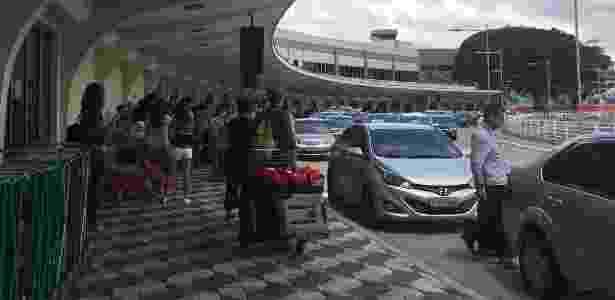Aeropoto de Congonhas, em São Paulo, tem movimento normal de carros de aplicativos - Bruna Souza Cruz/UOL - Bruna Souza Cruz/UOL