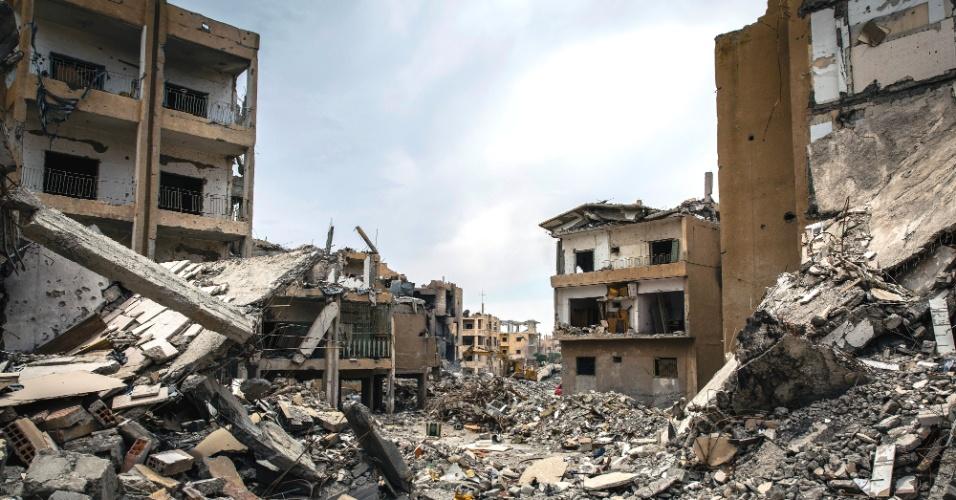 Ex-capital do Estado Islâmico   Cidade síria tenta se recuperar das cicatrizes de bombardeios e terroristas