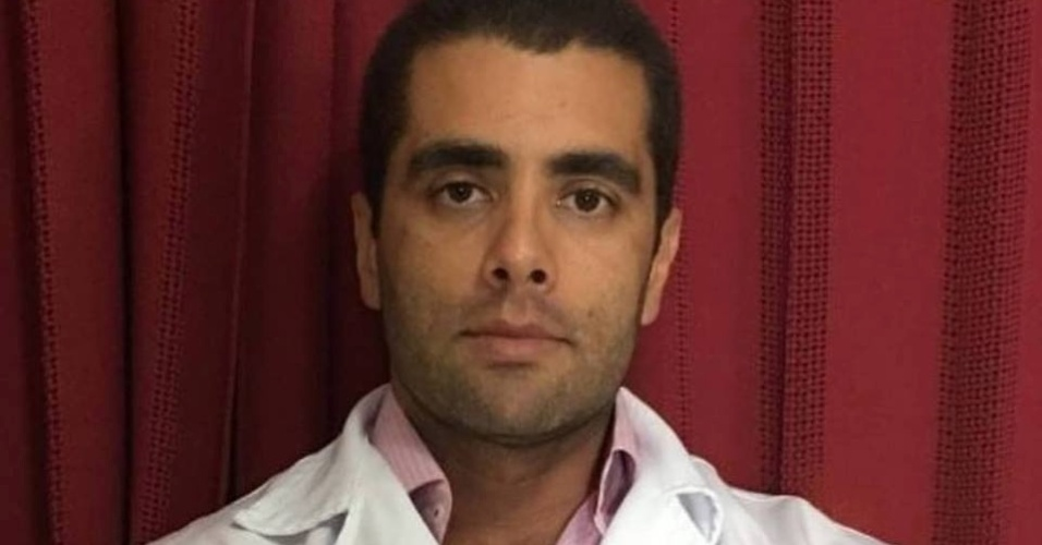 Médico está foragido | 'Dr. Bumbum' se entregará após negociar com polícia, diz defesa