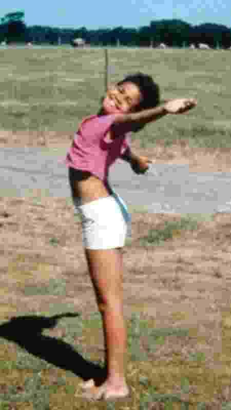Sara-Jayne nasceu de um relacionamento que era ilegal na África do Sul do apartheid - BBC