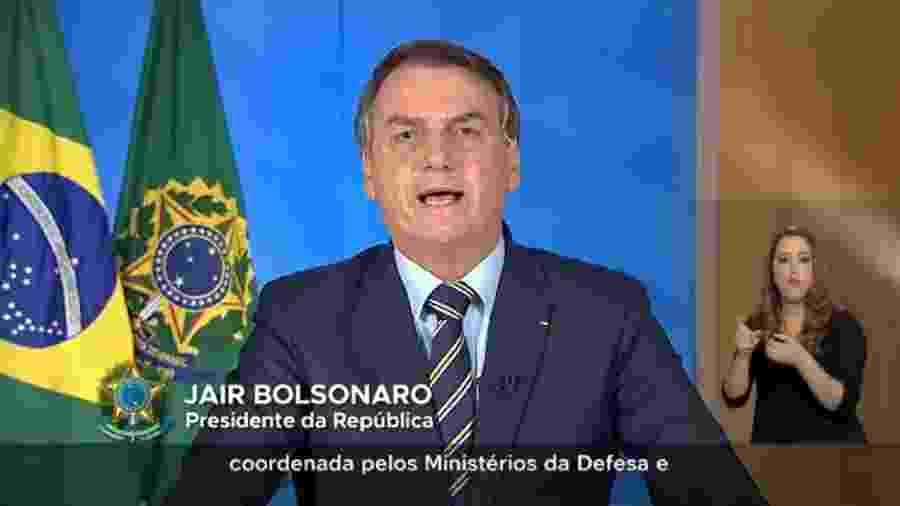 Pronunciamento de Bolsonaro sobre coronavírus reacendeu discussões políticas no cenário de eSports brasileiro - Fotos: Charly Triballeau/Reuters; ANI