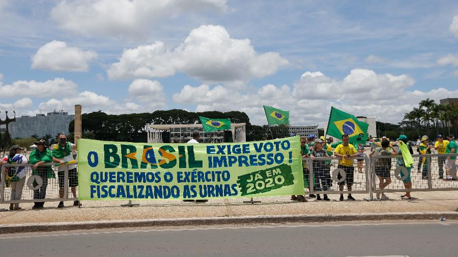 Protesto em frente ao Palácio do Planalto pede que eleições sejam feitas com voto impresso - Dida Sampaio/Estadão Conteúdo