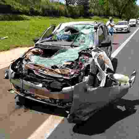 Viatura descaracterizada da Polícia Civil após acidente no interior de SP - Divulgação