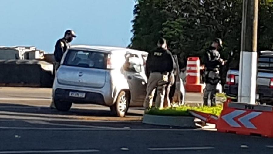 Dois bolivianos e um venezuelano foram capturados pela PRF em Catalão (GO) - PRF-GO/Divulgação