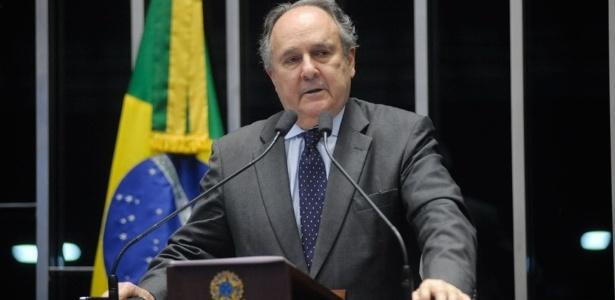 O ex-petista Cristovam Buarque, senador e ex-ministro de Lula