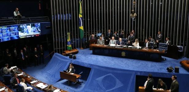 Senadora do PT diz que impeachment sem julgar contas é usurpação - Alan Marques/Folhapress