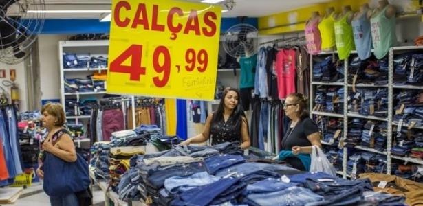 Comércio varejista tem enfrentado quedas constantes nas vendas