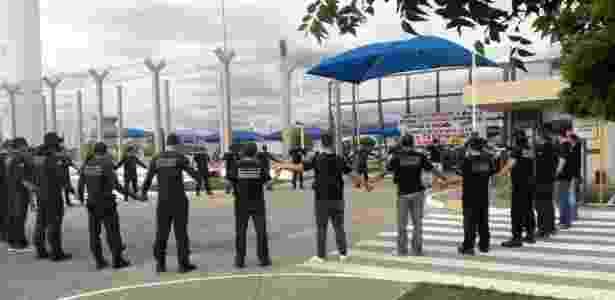 21.07.2017 -- Agentes penitenciários federais protestam contra mortes de colegas em presídio federal de Catanduvas (PR) - Divulgação