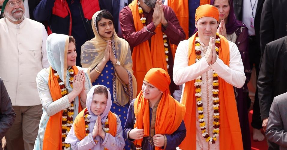 Trudeau e sua família em visita a templo em Amritsar, India