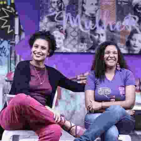 Renata Souza e Marielle Franco em ato de campanha, em 2016. A ex-assessora se tornou deputada estadual - Reprodução/Instagram