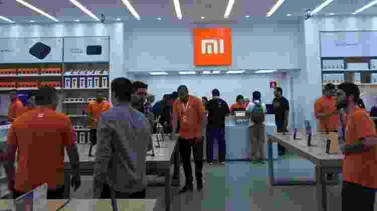"""A loja da Xiaomi tem um conceito que permite que os consumidores """"degustem"""" os produtos - Bruna Souza Cruz/UOL"""