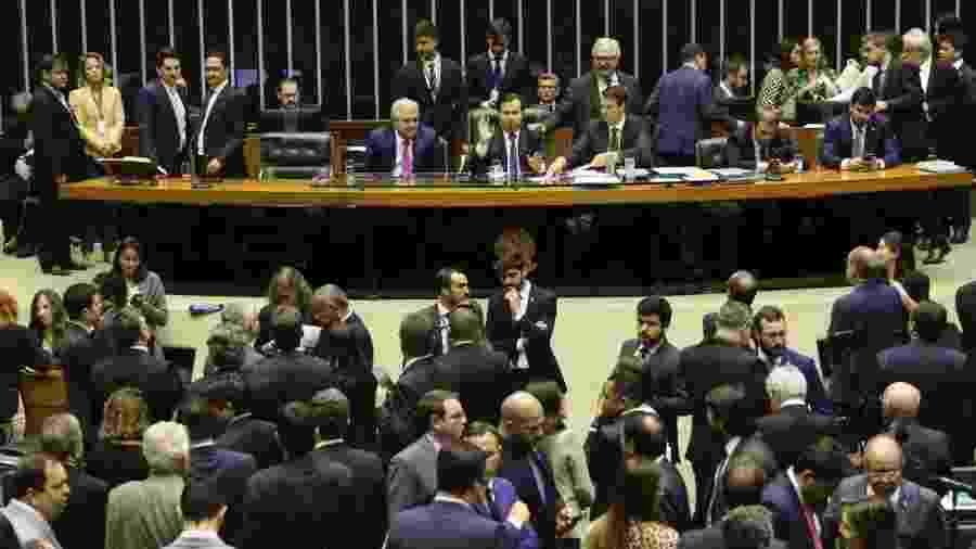 Plenário da Câmara dos Deputados debate a reforma da Previdência em 2º turno - Fabio Rodrigues Pozzebom/Agência Brasil