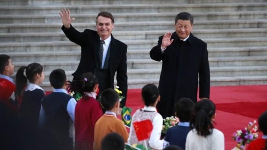 Bolsonaro fez convite a Xi Jinping durante a abertura da reunião bilateral entre os líderes em Pequim - EPA