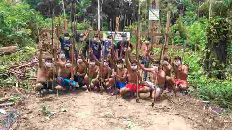 Indígenas waimiris-atroaris que participaram de fiscalização contra invasões que ameaçam índios isolados na Amazônia - ACWA (Associação Comunidade Waimiri-Atroari)