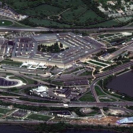Foto de satélite mostra visão aérea do Pentágono, em Arlington, EUA -